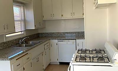 Kitchen, 672 W 14th St, 2