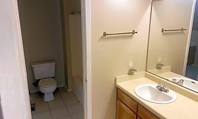 Bathroom, 200 Pine Forest Dr, 2