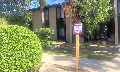 Community Signage, 6175 Knoll Wood Rd 203, 2