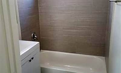 Bathroom, 1103 33rd St, 2