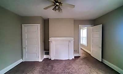 Living Room, 2337 Highland Ave, 2