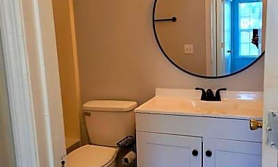 Bathroom, 403 S Thomas Rd, 2