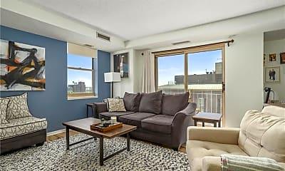 Living Room, 401 N 1st St, 1