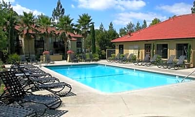 Pool, Broadstone Serrano, 2