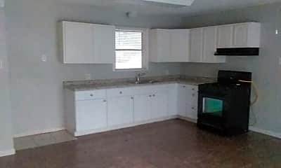 Kitchen, 3828 Drexel Ave, 2