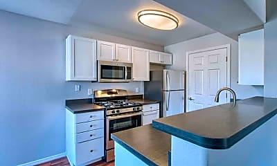 Kitchen, Oasis Sierra, 1