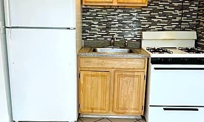 Kitchen, 133 Oliver Ave 3RD, 1