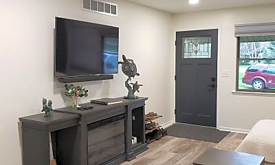 Living Room, 2344 E Textile Rd, 1