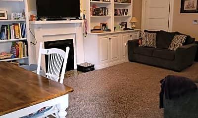 Living Room, 211 N Limestone, 2