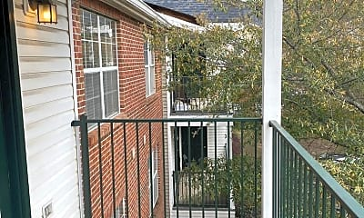 Patio / Deck, 120 15th St E, 0