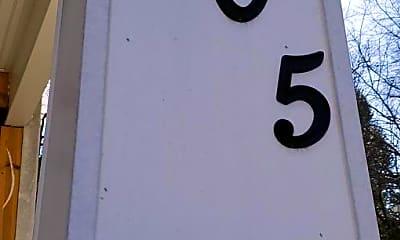 3505 Varnum St 3, 1