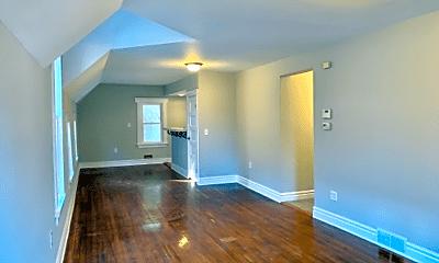 Living Room, 3315 Woodbridge Ave, 0