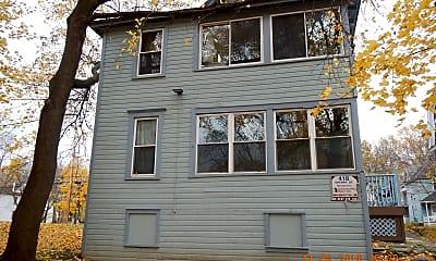 Building, 418 Cherry St, 2