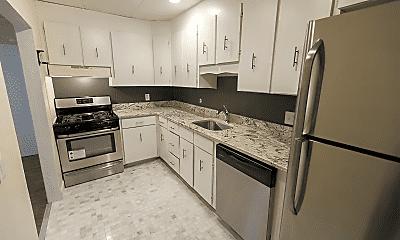 Kitchen, 28 Monmouth St, 1