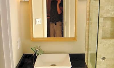 Bathroom, 14 Lindall Pl, 1