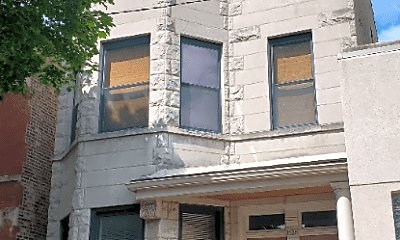 Building, 1626 N Winchester Ave, 2