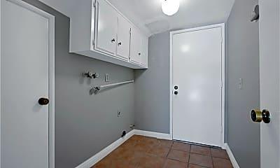 Bathroom, 25121 Shaver Lake Cir, 2