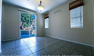 Building, 3955 Palm Beach St, 1