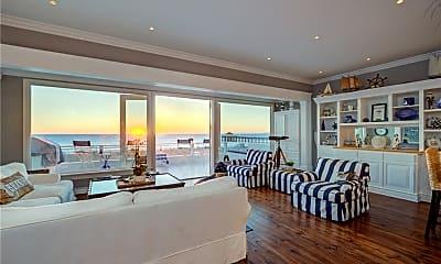 Living Room, 904 The Strand, 1