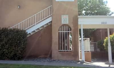 Salida Del Sol Apartments, 1