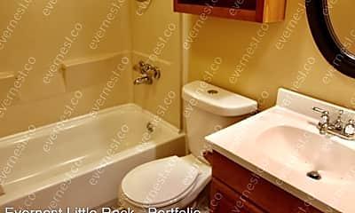Bathroom, 131 Marvin St, 2