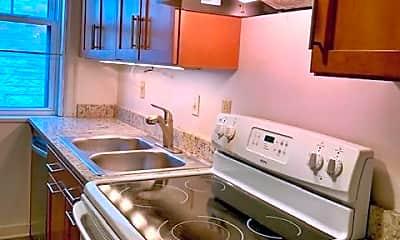 Kitchen, 7515 Buckingham Dr 1S, 1