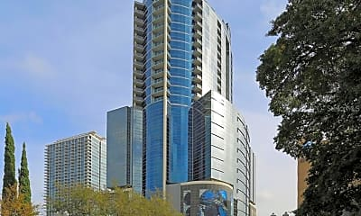 Building, 111 E Washington St, 0