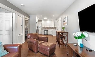 Living Room, 182 W 9th St, 0