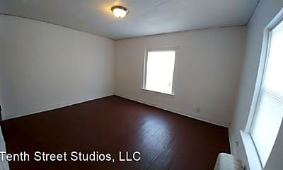 Bedroom, 923 Douglas Ave, 1