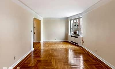 Living Room, 8 Jane St, 1