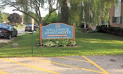 Willowick Apartments, 1