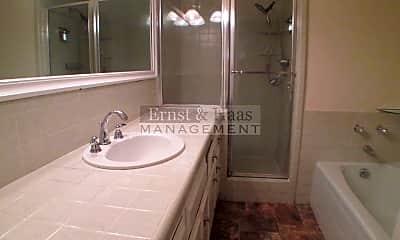 Bathroom, 3700 Weston Pl, 2