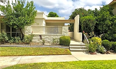 Building, 2210 Via Mariposa W D, 0