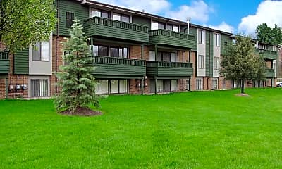 Building, Evergreen Place Apartments, 0
