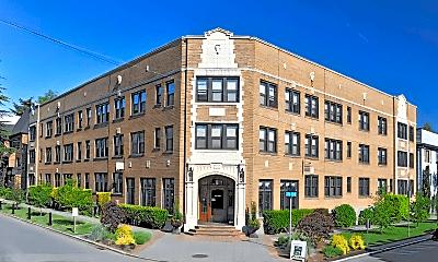 Building, 201 17th Ave E, 0