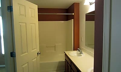 Bathroom, 1335 NE 5th St, 2