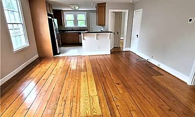 Living Room, 363 Washington St C, 1