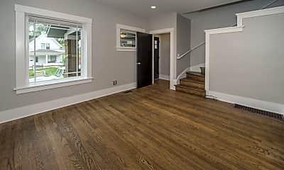 Living Room, 618 N 33rd St, 1