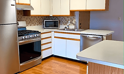 Kitchen, 20 Echo Ct, 1