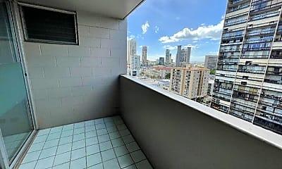 Bathroom, 824 Kinau St, 2