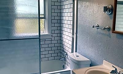 Bathroom, 1107 Jerome St, 2