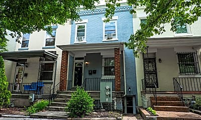148 W St NW A, 0