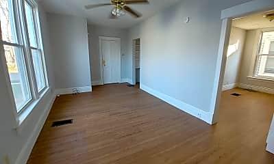 Bedroom, 914 1/2 N Lee St, 1