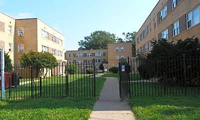 Simon Garden Apartments, 2