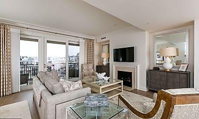 Living Room, 801 Key Hwy T-57, 0