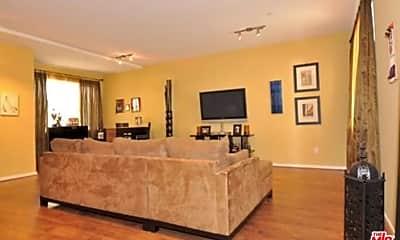 Living Room, 2395 Silver Lake Blvd, 1