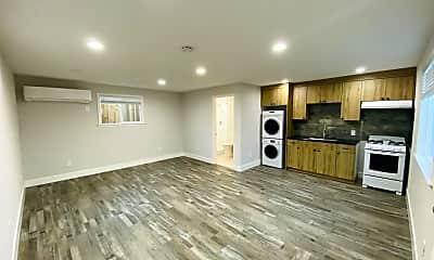 Living Room, 4231 Samson Way, 0