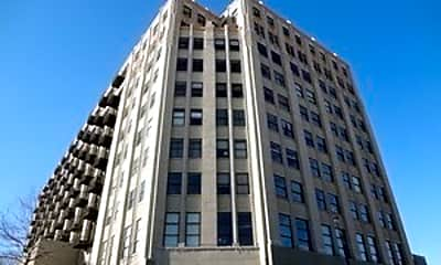 Building, 1550 S Blue Island Ave 405, 0