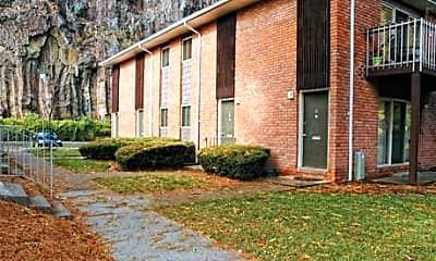 Crest Ridge Apartments, 1