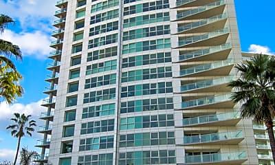 Building, 13600 Marina Pointe Dr 808, 2